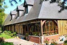Haute Normandie : Biens à vendre entre particuliers / Tout le charme de la Haute Normandie, une architecture typique, des matériaux locaux, les maisons et les appartements, traditionnels ou contemporains, ou autres biens directement vendus par des particuliers.
