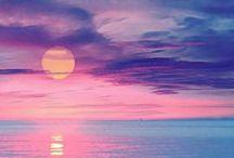 """Pôr-do-Sol... Um momento maravilhoso e único! / """"E depois de partir, poder voltar e dizer este aqui é o meu lugar. Poder assistir o entardecer e saber que vai ver o sol raiar."""" Toquinho e Vinicius / by Lelia Sarda"""