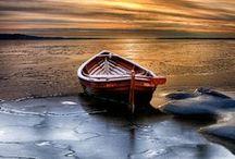 Barcos e Canoas... Serenidade... / by Lelia Sarda