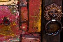a beautiful door / by Elizabeth Gray Felty Forest