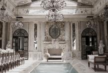 Interior's / by Sonia Garcia