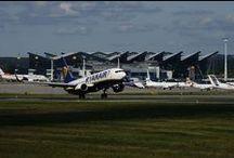 Maszyny | Machines / Zdjęcia maszyn lądujących i startujących z Portu Lotniczego Gdańsk | Photos of machines landing and starting from Gdansk Lech Walesa Airport