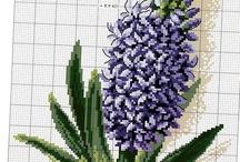 cross stitch - flowers / by Ivana Jirankova