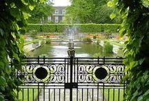 Gardens around the palace / Beautiful gardens