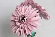 Paper, cardboard, papier mâché / Paper art, papercut, flowers, pom poms, lampshades & lanterns, jewelry, origami & kirigami