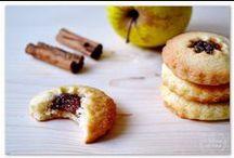 Sweet food: biscotti + cookies