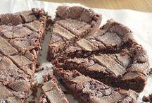 Sweet food: chocolate + coffee