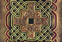 ""\Celtic Ornaments Inspiration / """"May your blessings outnumber The shamrocks that grow, And may trouble avoid you Wherever you go."""" ~ Irish Blessing""216|146|?|en|2|0268ac395d2871366110d672b9469046|False|UNLIKELY|0.307422399520874
