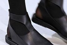 Shoes / Toutes les chaussures, bottes... ...