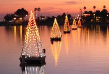 Coastal Christmas / Christmas and the beach. What could be more perfect! Toni Weidman, Sailwinds Realty www.weidmanyeam.com www.toniweidman.com #trnitytoni #coastalchristmas