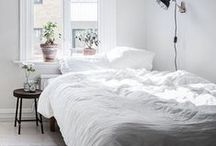 minimalist bedroom / minimalist interiors appeal to our desire for space, peace, and room to breathe. These desires are especially important in bedrooms, which, above all rooms in a home, should inspire calm and relaxation. Here is some inspiration from the Scandinavian, or minimalist style we love for your bedroom.