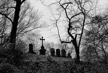 Cemeteries & Graveyards / by Geisterportal