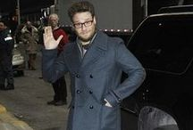 Seth Rogen Style / The Canadian stand-up comedian, actor, and director, Seth Rogen, is also known for his hilarious roles in many Hollywood films. Many can relate to his casual style. Get some inspiration from his various looks.