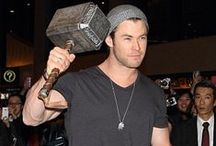 Chris Hemsworth Style / Chris Hemsworth is an Australian born actor. His brothers, Luke and Liam, are also actors. He is best known for his role in the Marvel Comics movie Thor (2011). He also starred as Thor in The Avengers (2012) as one of the six super heros. Enjoy the Famous Outfits of Chris Hemsworth.