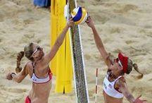 Beach Sports - Hotel San Marco / Per gli sportivi, una vacanza a Bibione regala innumerevoli occasioni di divertimento: la località mette a disposizione numerosi campi da tennis di diversa superficie, per tutte le preferenze e non solo: Beach Volley, Nordic Walking, Basket, Rugby e molto altro ancora.