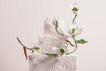 White Wedding Cakes @The Enchanting Merchant Company / White Wedding Cakes