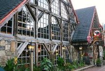 Great Place to Eat Gatlinburg / by Smoky Mountains