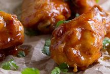 A Grainless Wings Wednesday / Chicken Wings & Drummies
