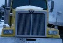 Used 2002 Western Star 10 Wheeler for Sale ($26,900) at Bunnell, FL / Make:  Western, Model:  Star 10 Wheeler, Year:  2002, Exterior Color: Yellow, Doors: Two Door, Vehicle Condition: Good, Mileage:140,000 mi,  Fuel: Diesel, Transmission: Manual.   Contact:207-212-0044   Car ID (56763)