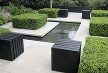 Contemporary Garden Design / Ideas for #contemporarygardens #courtyards #smallgardens