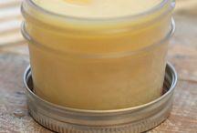 Making primer & other homemade beauty items / Makeup eyeshadow eyeliner face cream moisturizer blush primer scrubs ointment salve