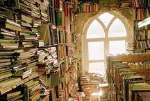 A Little Book Shoppe / Book Shops, Book Stores