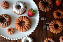 Silicone Bakeware / Recipes for the newest baking craze! / by FatDaddios
