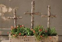 Easter ~ Christ is Risen! / Celebrate Christ's resurrection with these Christian-centered ideas for Easter.