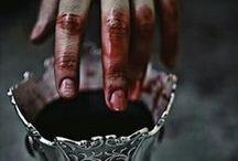Vampire's legacy / Vampire | vampiro | dracula | dracula's wives | Transilvania | blood |