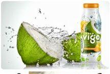 Coco Vigo - wyjątkowa woda kokosowa / Coco Vigo - pyszne połączenie najczystszej organicznej wody z wnętrza młodego kokosa z przecierem z mango, sokiem z cytryny i witaminą C. Posiada zbawienny wpływ na kondycję umysłową i fizyczną oraz na wygląd i zdrowie.