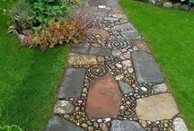 Botanical, Garden Ideas, Mosaic, stepstones and other Tips / How you can create beautiful pathways or other things with all sorts of material, and other ideas / by Gerry Teuben