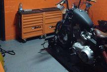 Old Boy garagem / Service