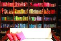 Books by color / Book arrangement by color