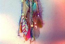 Atrapasomnis ♥ / Els somnis cal agafar-los al vol i tenir-los presents. Els malsons sacsejar-lo dins el tamís per treure'n la part més útil.