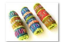 textilní korálky a ozdoby