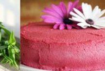 Raw Vegan cakes / Vegan&fully raw cakes :)