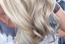 Hair / Hair styles, hair styling, hair tutorials, hair inspiration, hair styles for women, hair styles for girls, blonde hair, long hair, beach waves, barrel curls, long wavy hair, celebrity hair styles, blogger hair tutorials, blogger hair, highlighted bleached hair