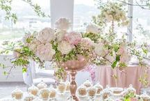 Fabulous Floral / Fabulous floral arrangements, fresh flowers, flower arranging, floral arranging, flowers in vases, flowers in pitchers, fruit and floral arrangements, fruit and produce arrangements, flower gardens, wedding flowers, wedding floral inspiration, flowers in bicycle, flowers in vase.