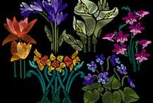 Art Nouveau Flowers Embroidery Designs. / Art Nouveau Flowers Embroidery Designs http://cindysembroiderydesigns.com/Art-Nouveau-Floral-Collection.html