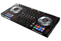 Kontrolery MIDI / Profesjonalne kontrolery muzyczne dla DJ marek Pioneer, Denon, Akai, Native Instruments, Novation w ofercie naszego sklepu www.eflash.pl