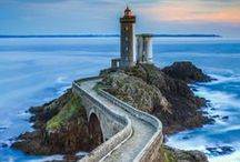 Lighthouse's / by Natalie Sugg