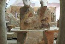 Kultursteder / Ceromoniele bygninger... helligdomme, gravsteder, bedehuse og overordnede samlingssteder.