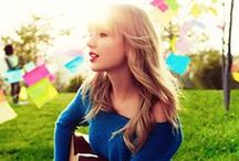 Taylor Swift / Love Story, Mean, Shake It Off and lots more!