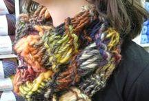 Cuellos y bufandas Al Sol / Estos son algunos de los cuellos y bufandas que hemos tejido. Siempre hacemos nuevos modelos y también aceptamos encargos personalizados.