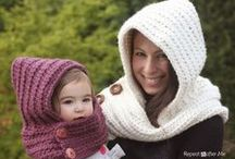 crocheting / by Peggy Lemoi