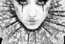 Showgirl / Circus / Clown