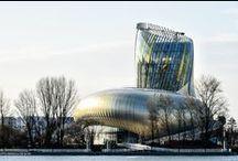 Œnotourisme : les lieux du vin / #Château #vin #Bordeaux #cité #oenotourisme #france #appellation #vignes #vignobles #routes #vélo #cyclisme #musée #oenologie #tourisme #visites #degustation #sport #decouverte