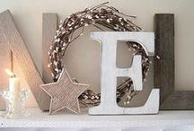 Homemade Crafty Christmas Ideas / Easy crafts to add beauty to your home for the holidays.
