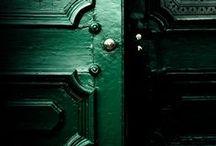 Emerald - Color Theory Design Inspiration / #colortheory #emerald #interiordesign