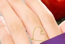 Put a Ring on It / 10 fingers means a ring on each one, right...?